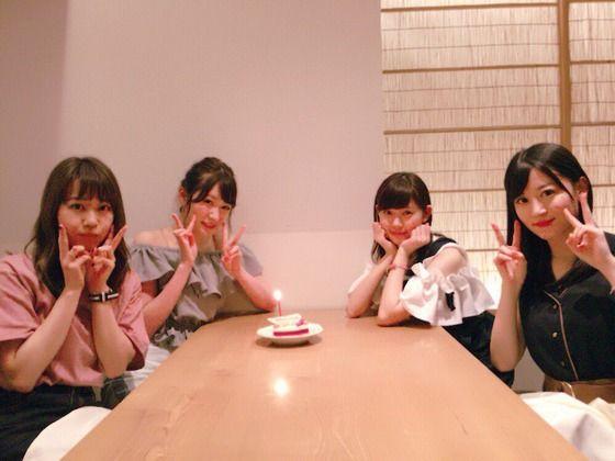 吉田朱里「みるきー、けいちゃん、かなこがお誕生日のお祝いをしてくれました」
