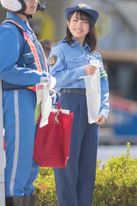 【AKB48】都内に現れた美少女すぎる警察官に話題沸騰!【向井地美音】