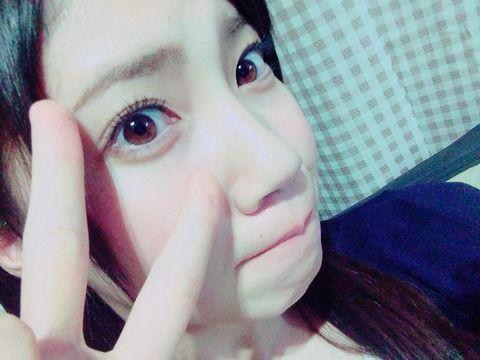 SKE48北川綾巴「おふろはいらなきゃなーゴロゴロー」 ←