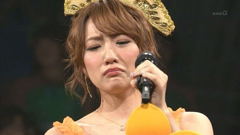 【エンタメ画像】電通マンと抱き合い泥酔騒動で干されたAKB総監督高橋みなみが一言…「卒業後、AKB48はどうなるかは分からない」ネット→「自分のこと心配せーや」wwwwwwwwwww※例の画像あり