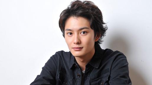 【エンタメ画像】《悲報》超人気俳優・岡田将生さんの人生が悲惨すぎて泣ける・・・(画像あり)
