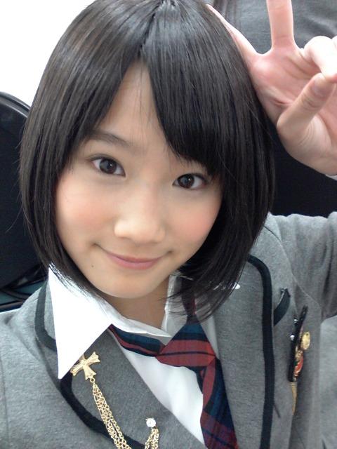 http://livedoor.blogimg.jp/akbmatomeatoz/imgs/2/8/2826c0d1-s.jpg