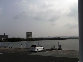 長浜港に入って・・・