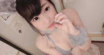 【新宿風俗:口コミ】若い!可愛い!安い!むちむちヌルヌル3P体験談!【ゆみちゃん さくらちゃん】
