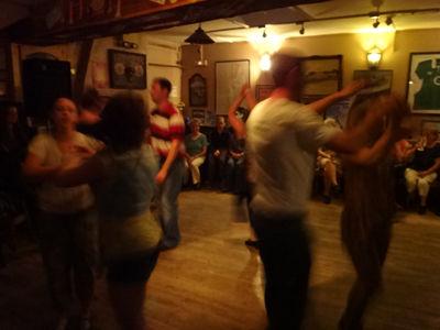 Pub dance