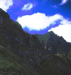 谷川岳山頂近く