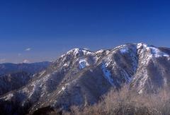 塔ノ岳山頂より蛭ヶ岳