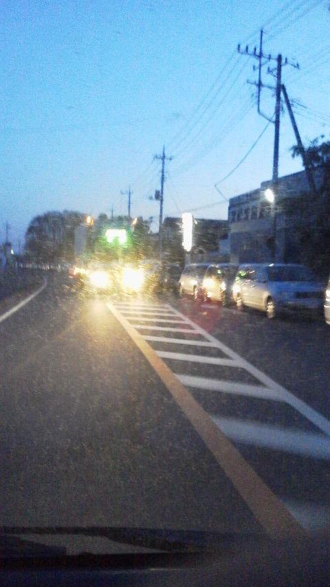 2011031805290000東日本大震災被害ガソリン待ち