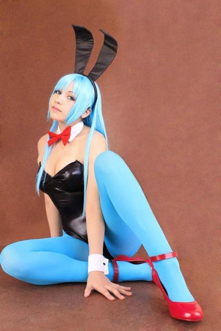 bulma_dragon_ball_bunny_by_zettai_cosplay-d5cvush