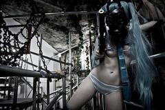gasmask_hatsune_by_iwo_iwo-d4yw4ib