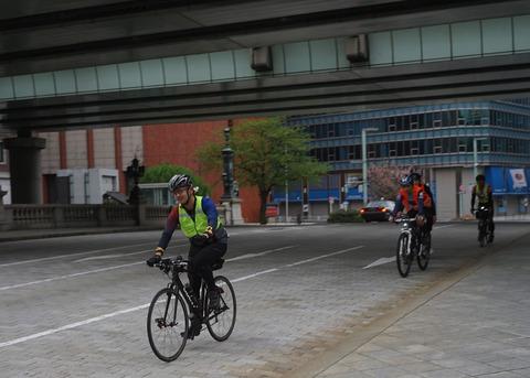 自転車の 自転車 東京 大阪 24時間 : 展示の自転車はたぴもさんの ...