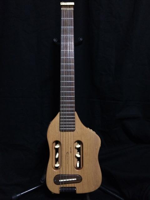Traveler Guitar ワシは旅ギターと呼んでいます・・・