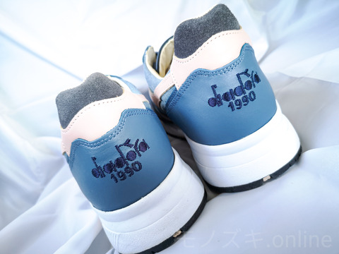 DIADORA HERITAGE N9000 ヒールロゴ