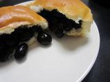 丹波黒豆パン。