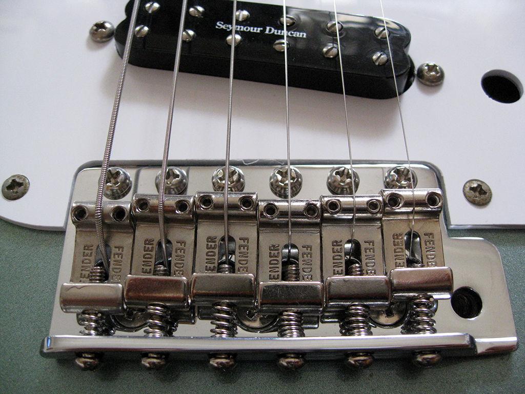 Fender_Bridge