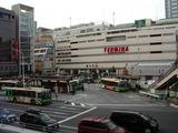 800px-JR_Sobu_Line_Kinshicho001[1]