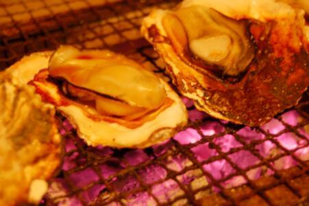 牡蠣炭焼き