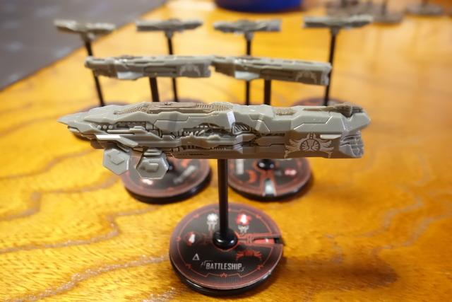 宇宙船フィギュアの写真