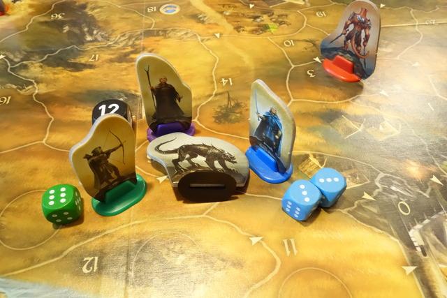 ヴァルドラグを連携攻撃で撃退