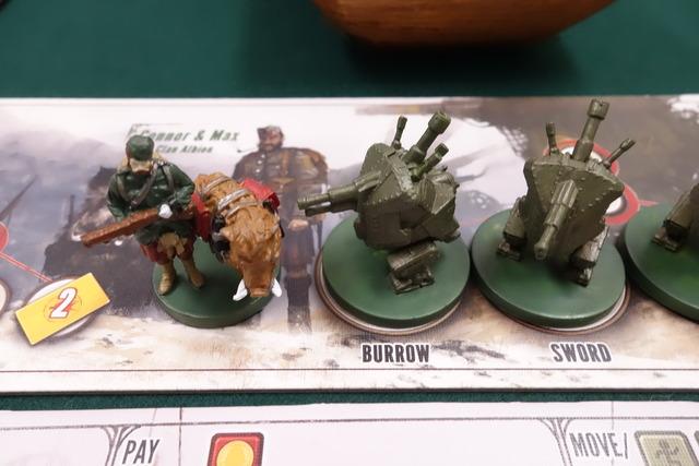 アルビオン一族のキャラクター駒とメック駒