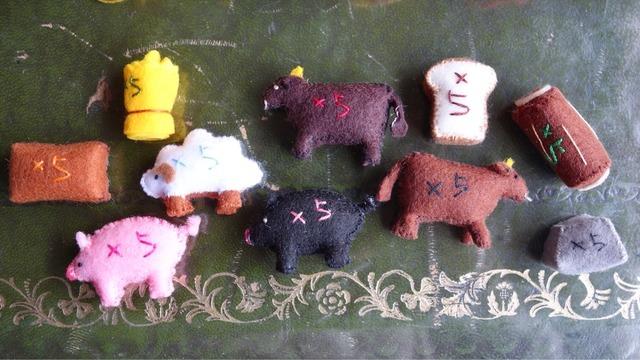羊や牛の人形に×5と書いてある