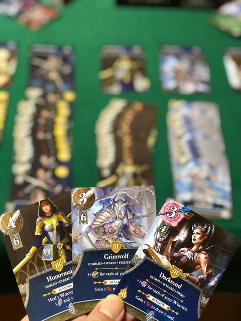 ヒーローカードのアップの写真
