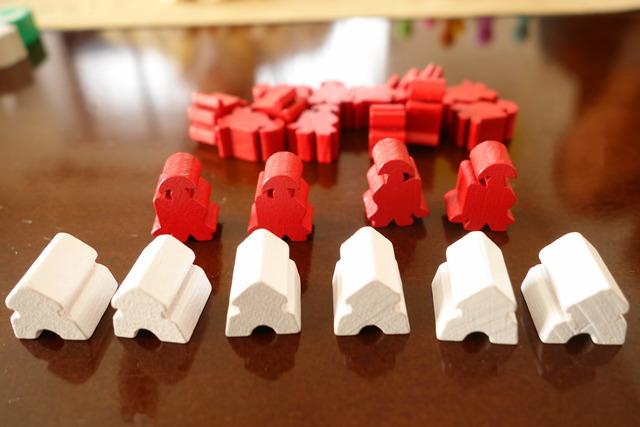 白と赤のコマ