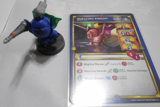 Questing Knightのカードとフィギュア