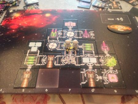 ギャラクシートラッカーのステージ1の宇宙船
