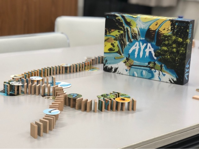 ボードゲーム『AYA』の写真