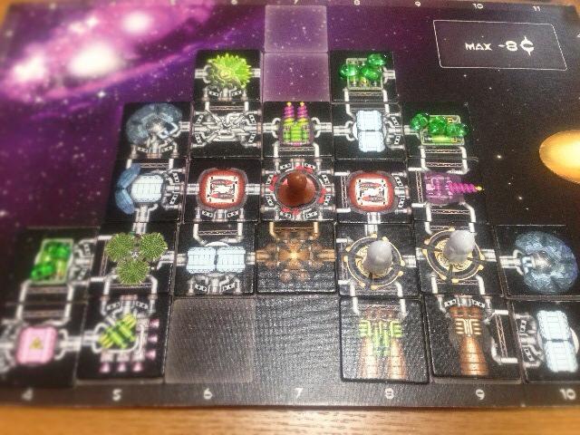ラウンド2の完成した宇宙船の写真