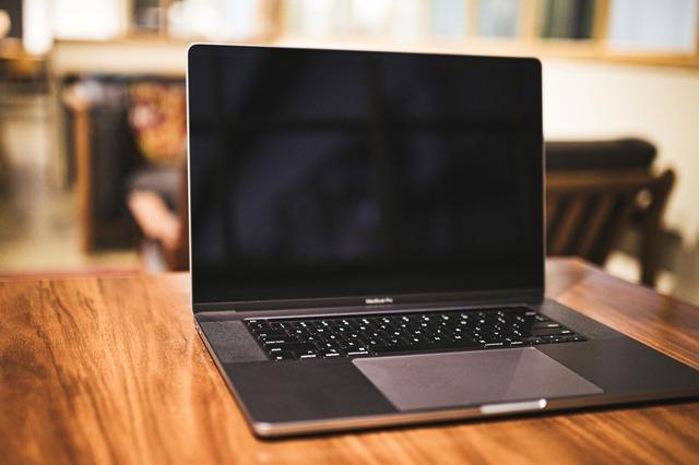 ノートパソコンの画像