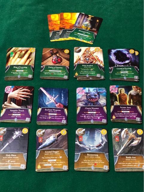 アイテム、呪文、武器カードの写真