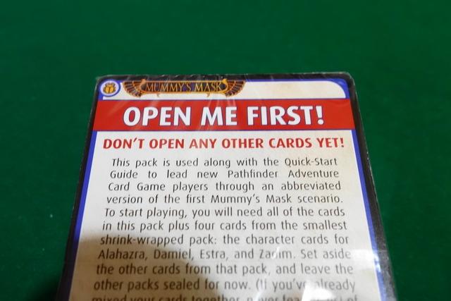 クイックスタート用カードの束の写真