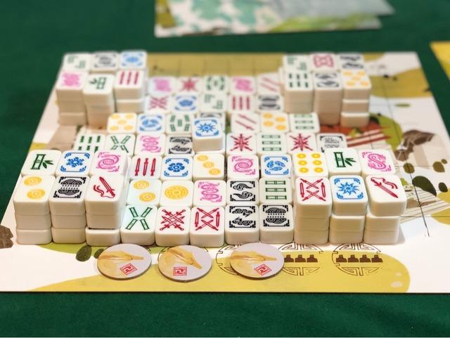 覇王龍城の準備で牌を積み上げたところ