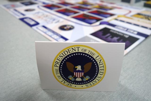 ボドゲ「コーポレートアメリカ」の大統領を示す衝立