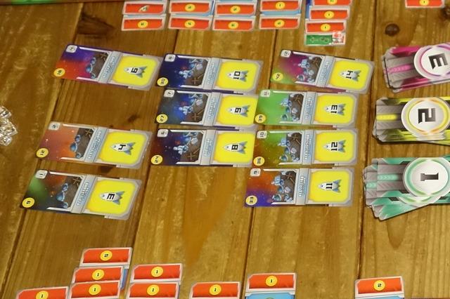 「スペースベース」の勝利点がもらえる艦隊カード