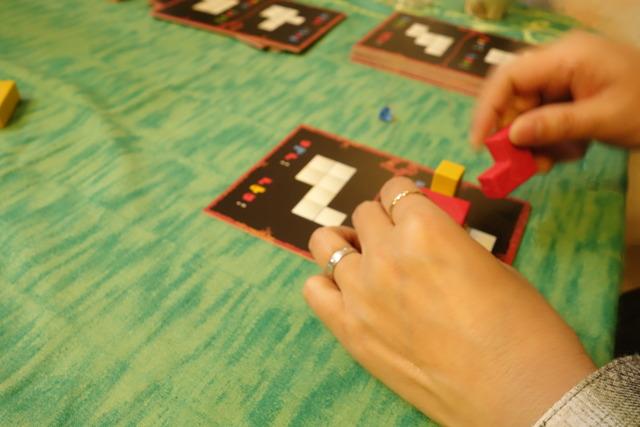 他プレイヤーさんがパズル頑張ってる写真