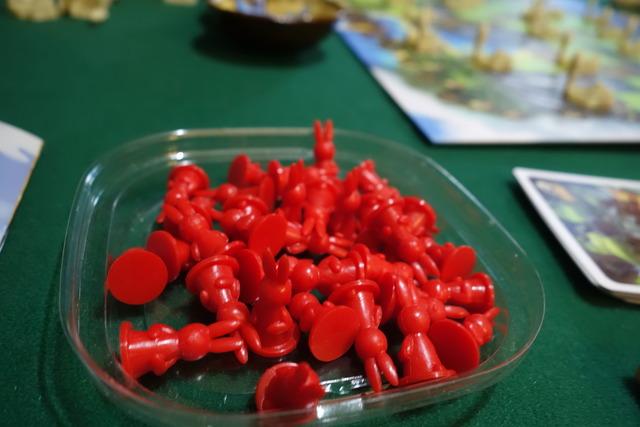 赤いウサギ駒たくさん