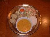 ネパールキッチンカレーとモモ