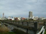 匂い橋から土浦を見る