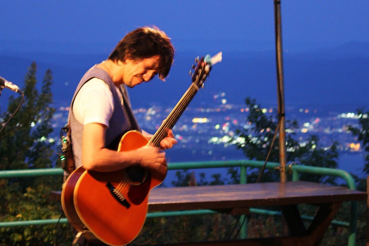 夜景と星空の下で奏でられる音の調べ ~コンセール・デ・ルミエール~