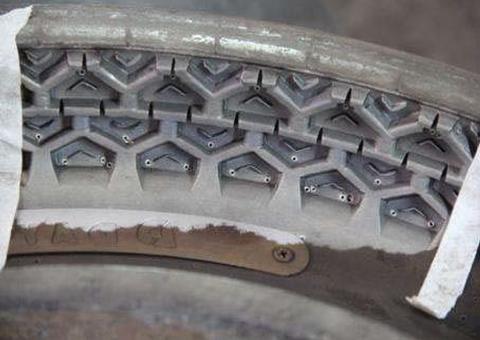 タイヤ金型洗浄後
