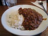 ラッシュライフ 豆とチキンのカレー