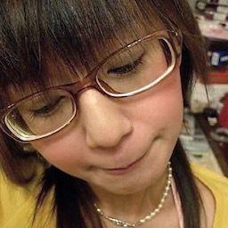 ジャッキーチェンの隠し子の娘(18)がガチでヤバイと話題にwww(画像)