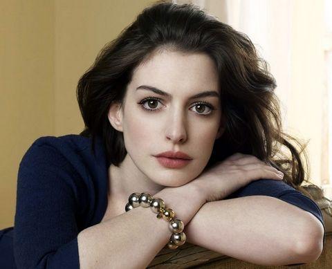 ハメ撮り流出した人気女優、乳首が綺麗すぎるwww