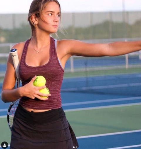 レイン・マケンジーちゃんのおっぱいがエロい!美少女テニスプレイヤー、発育よすぎ!