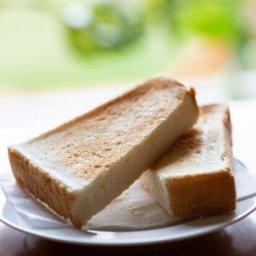 韓国人「フライパンでトーストを焼いたら、衝撃的な事実が判明した」