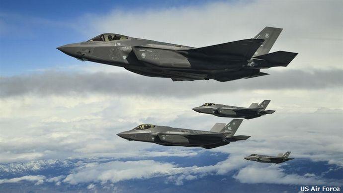 米空軍のF-35ステルス戦闘機が、エストニアに初飛来…NATO演習に参加!