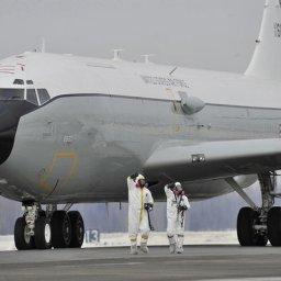 【緊急速報】米軍の核実験監視機が緊急発進した模様www